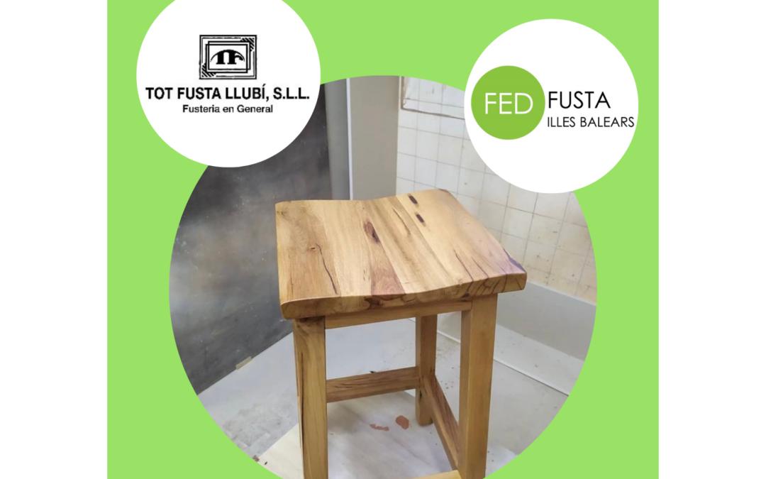 Proceso de fabricación de  taburetes de madera maciza realizados por  TOT FUSTA LLUBI
